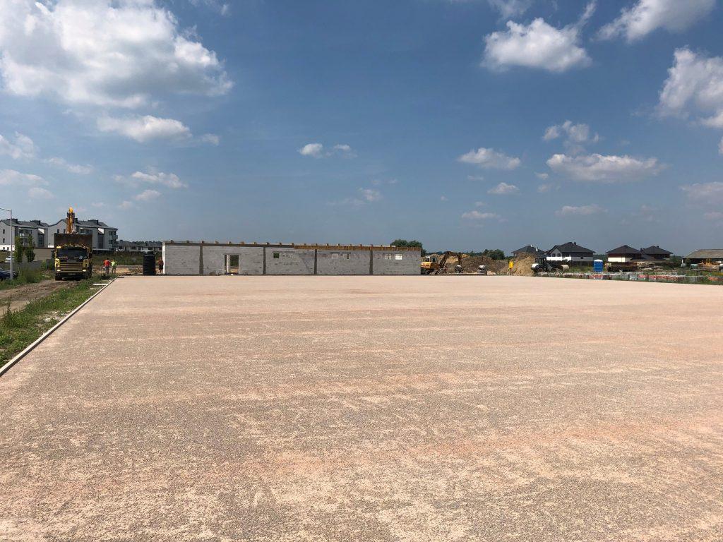 książenice boisko piłkarskie sztuczna traw hala pneumatyczna zadaszenie